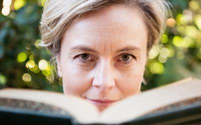 SuperConnector spotlight feature – Davina Borrow-Jones, The Mumpreneur Lawyer