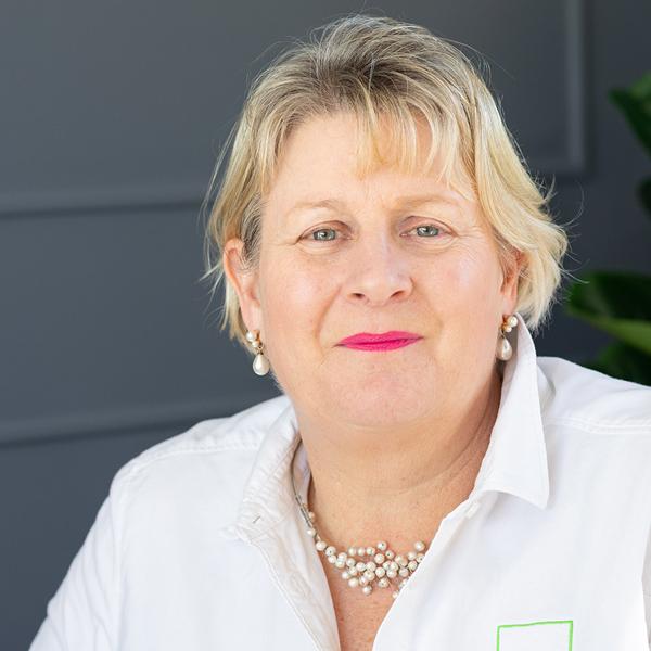 The Women's Business School Graduate – Katie Robertson-Kelk, ECM Consulting