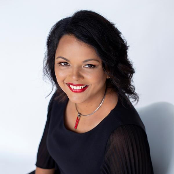 2020 AusMumpreneur Award winner – Yogita Ridgley, Traveling with Me, Myself and I